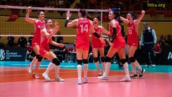Filenin Sultanları, zorlu maçta rakibini set vermeden 3-0 devirerek 2020 Tokyo Olimpiyatları'na katılma hakkı elde etti!